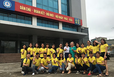 Students outside the Nghe An Trading and Tourism College
