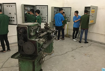 Vocational College No 8 students and equipment